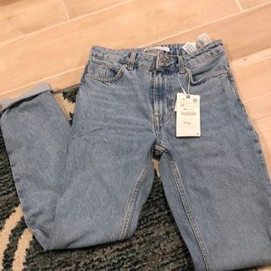 Zara Mom fit Jeans in 2